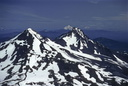 Au sommet de South Sister : Middle & North Sisters, Jefferson, Hood